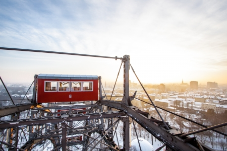 wagon wheel: The famous Giant Wheel in Vienna, Austria in winter  One of the most famous landmarks of Vienna