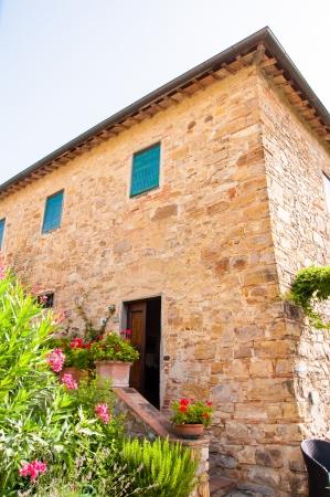 stone villa in tuscany, italy Stock Photo - 21755712