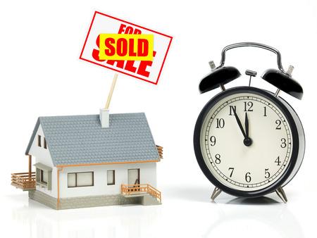 12 o'clock: Last minute sale
