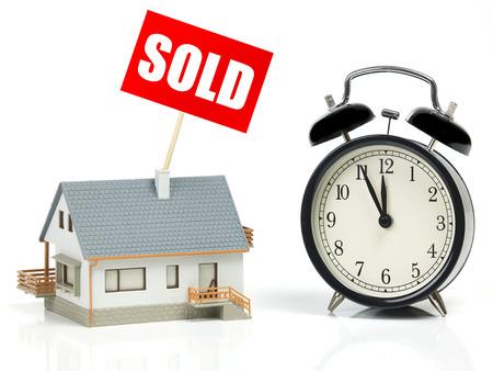 12 oclock: Last minute sale