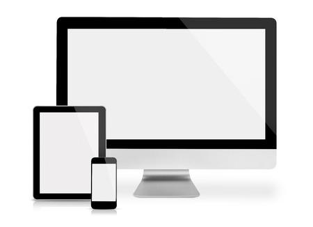 the equipment: Monitor de la computadora, tableta y tel�fono, vista frontal, aislado en blanco Foto de archivo