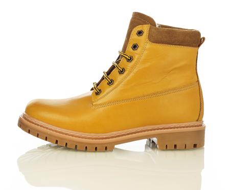 brogue: Yellow men boot