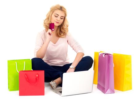 adolescencia: Shopping online Foto de archivo