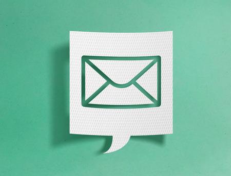 Speech bubble with e-mail symbol 免版税图像