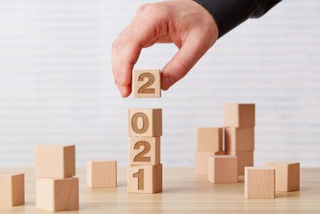 2021 wooden cubes on desk