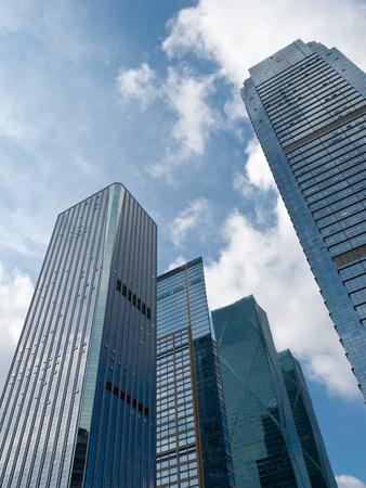 low angle views: Edificios de oficinas, mirando de arriba Foto de archivo