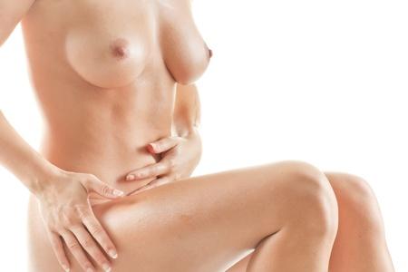 mujer desnuda sentada: Joven bella mujer desnuda