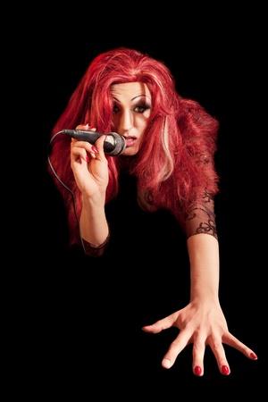 homosexuales: Drag-Queen. Hombre vestido de mujer.