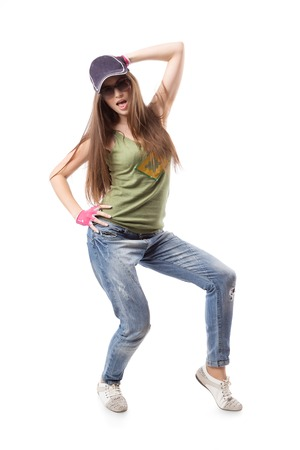 gogo girl: Moderne Hip-Hop-M�dchen stand auf wei�em Hintergrund. Junge Go-go Tanz M�dchen isoliert auf wei�em Hintergrund