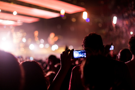 rock concert with smartphone Standard-Bild