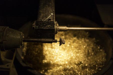 gold metal: machinery - workshop - gold metal