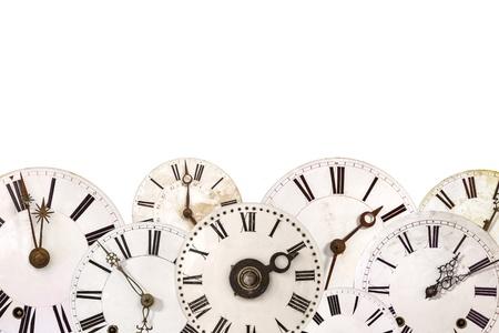 Ensemble de différents rétro horloge visages isolé sur un fond blanc Banque d'images