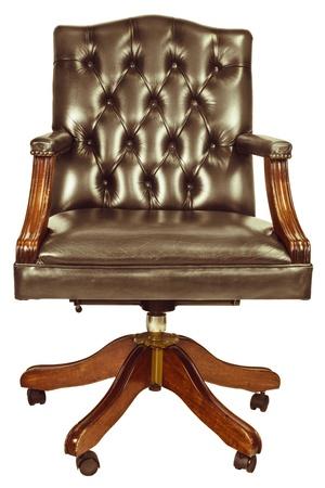 muebles antiguos: Imagen de estilo retro de una silla de oficina clásico aislado en un fondo blanco