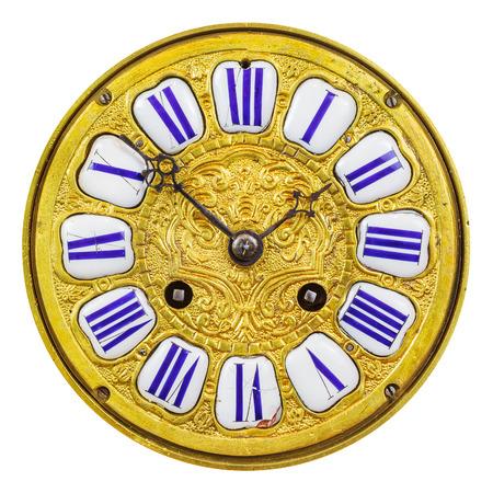orologi antichi: Antica ornamentali quadrante di orologio d'oro con i numeri smalto isolato su uno sfondo bianco