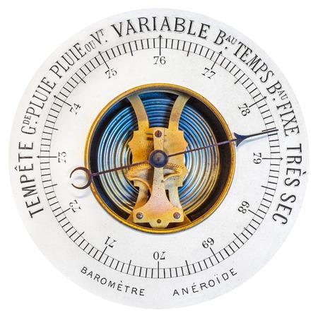 rain gauge: Franc�s bar�metro de la vendimia aislado en un fondo blanco