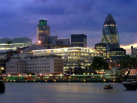 London city by night, modern building, river, light,