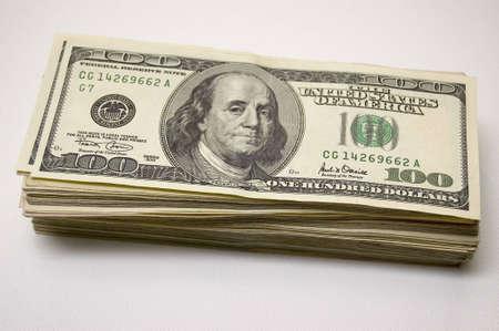 geld: Stack of 100 USD bills Stock Photo