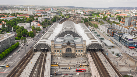 Aerial view of Dresden Central Station 新聞圖片