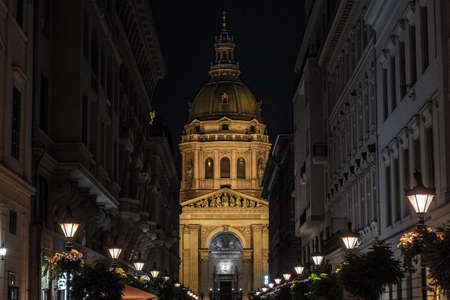 St. Stephens Basilica in Budapest in the night