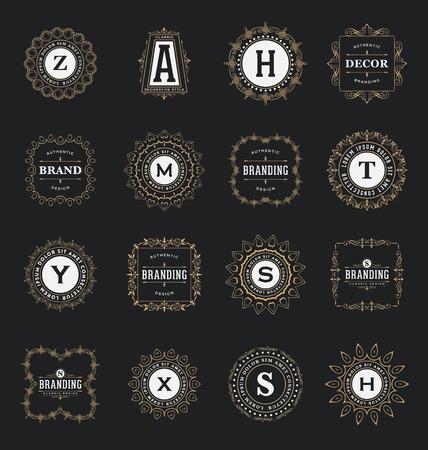 Set van kalligrafische Label Sjablonen - Classic Ornamental Style - Elegante luxe frames met typografie op donkere achtergrond - Ideaal logo's voor elk bedrijf met klassieke corporate identity visuele