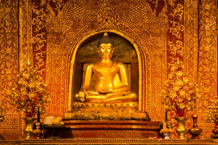 hing: Phra Buddha Si Hing, one of most famous Buddha image in Thailand, Wat Phra Sing, Chiang Mai, Thailand
