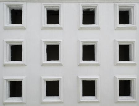 tabique: pared de separaci�n con agujeros Foto de archivo