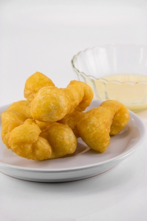 patongkoh: Deep-fried dough stick and Steamed custard