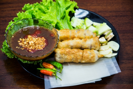 goi: Vietnamese style shrimp with sweet-sour sauce