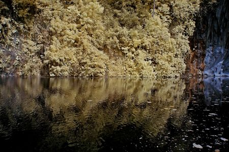 ir: Infrared photo � lake, rock and tree in the parks