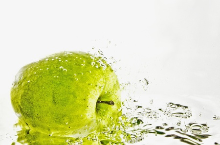 apple in water photo