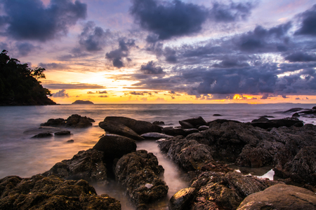con dao: sunset over the sea , long exposure techniques