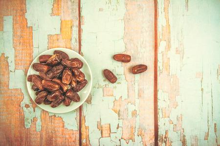 红枣或棕榈果,斋月食品,形象复古风格。