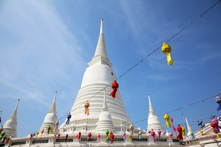White Pagoda at Wat Prayoon in Bangkok, Cultural Heritage Conservation Award of Excellence by Unesco Zdjęcie Seryjne - 35079650