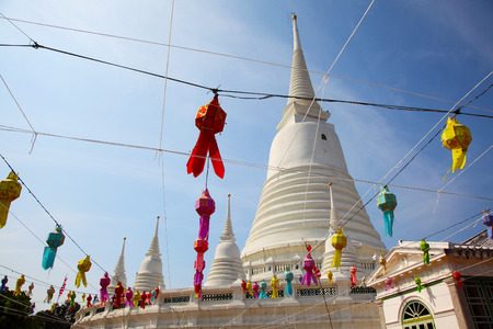 White Pagoda at Wat Prayoon in Bangkok, Cultural Heritage Conservation Award of Excellence by Unesco Zdjęcie Seryjne - 35067935