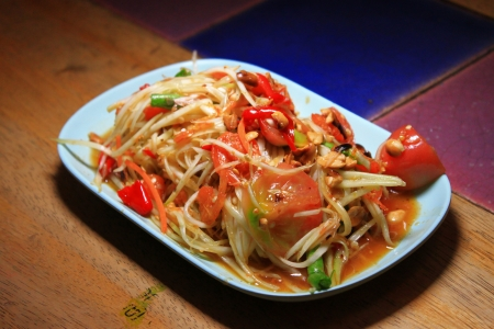 Green papaya salad  Stock Photo - 17618490
