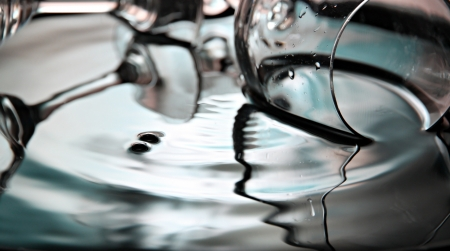 shocks: Closeup Pictures Blue color and glass Background of Water drops a beautiful shape in Basin.