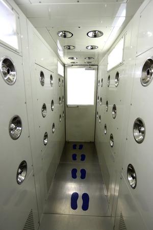 air cleaner: Habitaci�n cuerpo del filtro de aire en la f�brica industrial. Foto de archivo