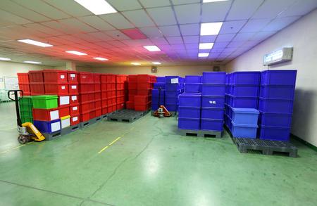 業界のプラスチック製のボックス製品。 写真素材