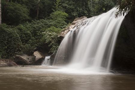 sa: Mae Sa Waterfall