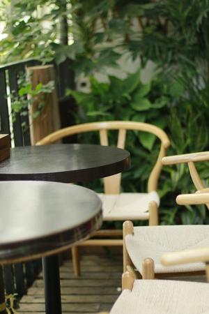 thee: Quiet corner of thee coffe shop