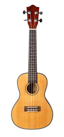 instruments de musique: Petit Hawaiian guitare � quatre cordes ukul�l� isol� sur fond blanc avec chemin de d�tourage. Musical boutique d'instruments ou d'apprentissage concept de l'�cole