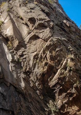 フクロウの岩山