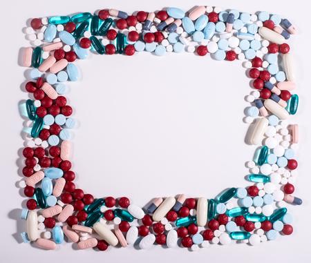 様々 な gpills や薬の四角形の境界線