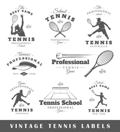 Conjunto de etiquetas de tenis de la vendimia. Carteles, sellos, carteles y elementos de diseño. Ilustración vectorial