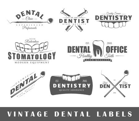 odontologo: Conjunto de etiquetas de dentista. Elementos para el diseño sobre el tema dentista. Colección de símbolos: dentista dientes, la mandíbula, las herramientas dentales. etiquetas modernas de dentista.