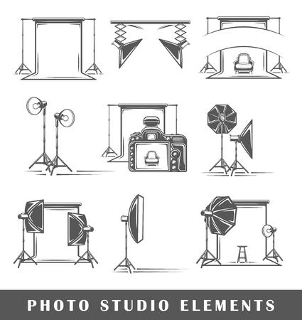 Ensemble d'éléments du studio photo isolé sur fond blanc. Symboles pour les logos et emblèmes de conception de studio photo. Illustration vectorielle
