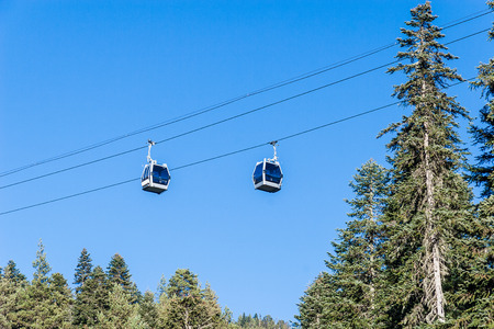 cableway: Ski lift in the mountains