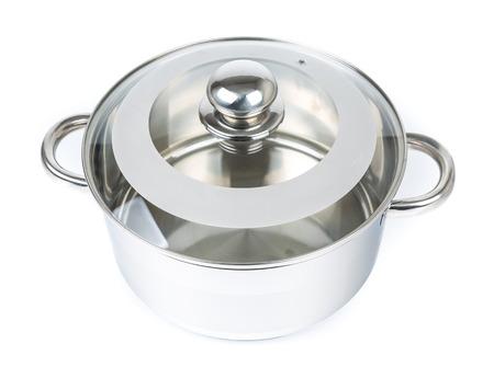 cookware: Metal olla aislado en blanco. Utensilios de cocina Foto de archivo