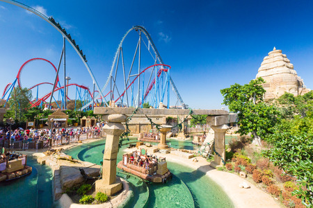 Salou, SPAIN - AUGUST 26, 2014: Amusement Theme Park Port Aventura Editorial