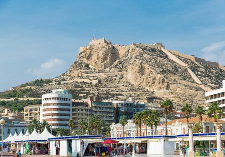 barbara: Alicante, Spain - SEPTEMBER 2015: View to Santa Barbara Mountain Castle